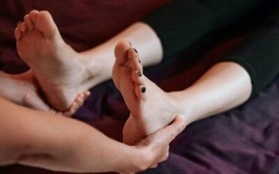 Il massaggio thailandese al piede